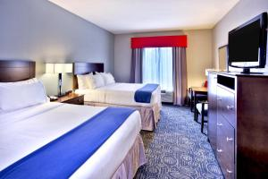 Holiday Inn Express & Suites Oak Ridge, Hotels  Oak Ridge - big - 3