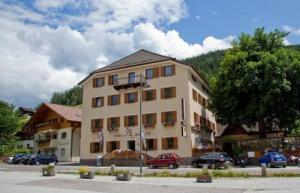 Gasthof Zum Weissen Rössl - AbcAlberghi.com