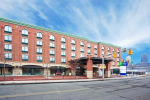 Holiday Inn Express Hotel & Suites Pittsburgh-South Side, an IHG Hotel