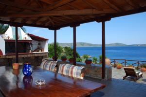 Vila Elena 1astoning view Alonissos Greece