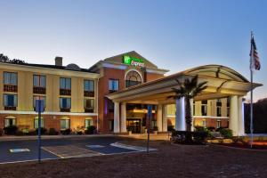 Holiday Inn Express Hotel & Suites Hinesville, an IHG hotel