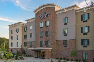 Candlewood Suites Bloomington, an IHG hotel