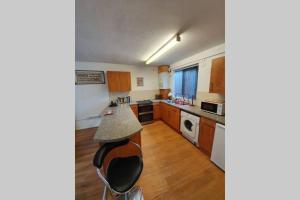 Spacious & Airy apartment nr Oxford Rd