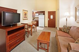 Staybridge Suites-Knoxville Oak Ridge, Отели  Ок-Ридж - big - 22