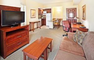 Staybridge Suites-Knoxville Oak Ridge, Отели  Ок-Ридж - big - 24