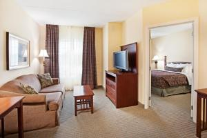 Staybridge Suites-Knoxville Oak Ridge, Отели  Ок-Ридж - big - 26