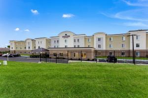 Candlewood Suites - Brighton, an IHG Hotel