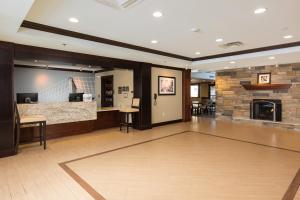 Staybridge Suites - Columbus Polaris, Hotels  Flint - big - 17