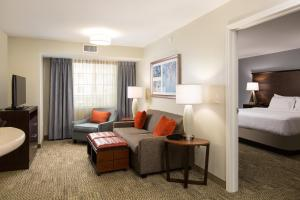 Staybridge Suites - Columbus Polaris, Hotels  Flint - big - 42