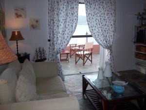 Seaside Vacation House Aegina Greece