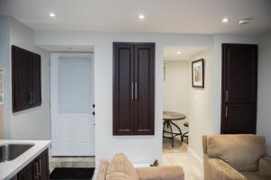 Bright & Cozy One Bedroom Basement Apartment in Toronto