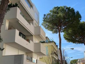 Residence Emily Riccione - AbcAlberghi.com