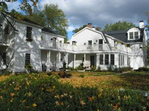 Connecticut River Valley Inn