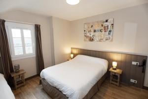 Location gîte, chambres d'hotes Contact Hôtel - Hôtel Le Lion d'Or Lamballe dans le département Côtes d'Armor 22