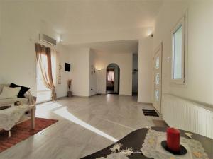 Oniropagida Family Apartment Andros Greece