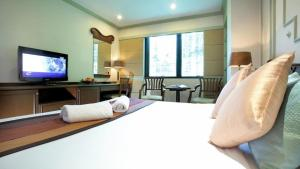 Majestic Suites Hotel, Hotely  Bangkok - big - 36