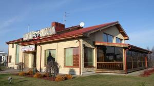RV Motel and Cafe