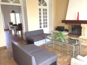 House with 3 bedrooms in Angerville with wonderful city view enclosed garden and WiFi