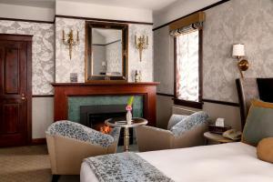 Abigail's Hotel - Victoria