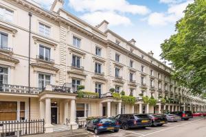 Fabulous 2 bed 2 bath with air con + garden, Apartments  London - big - 2