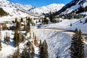 Creekside Chalet - Hotel - Alta