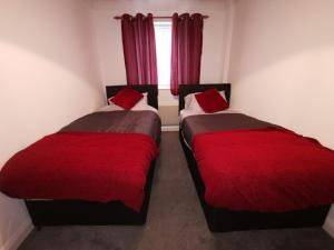 Salford Quays Media City for Groups - sleeps 6
