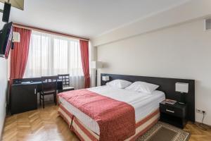 Отель Университетская, Москва