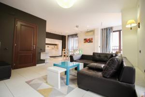 Trendy Deluxe Apartment