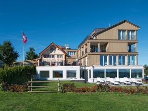 Hotel Landgasthof Eischen Appenzell Switzerland J2ski