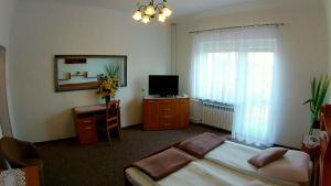 Hotel Pod Trzema Różami