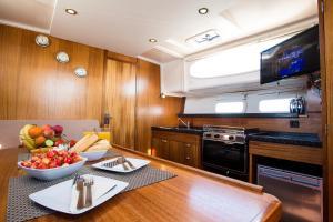 Jacht motorowy Nautika 1000 VIP