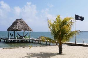 Green Parrot Beach Houses and Resort, Lodge  Maya Beach - big - 64