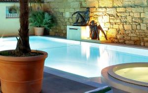 Location gîte, chambres d'hotes Plaza Madeleine & Spa dans le département Dordogne 24