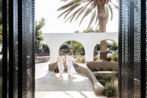 Minos Beach Art Hotel (8 of 140)