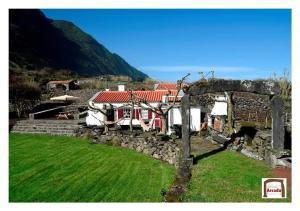 Casa da Arcada (AL), Calheta