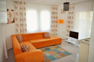 Belmaris Apartments