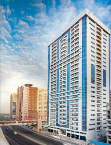 Ramada Hotel & Suites Sharjah, Шарджа