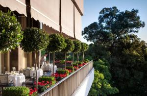 Four Seasons Hotel Ritz Lisbon (10 of 50)