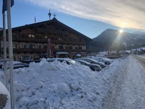 Ferienhotel Alpenhof - Hotel - Aurach bei Kitzbühel
