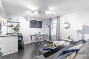 Newly Renovated 2BR - Downtown/Little Italy