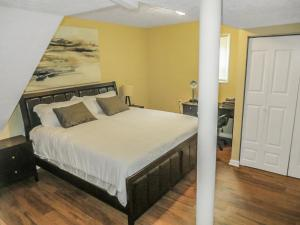 The King Suites - Netflix, Disney, Amzn Video -near ATL Hartsfield Jackson Airport