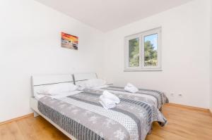 Apartman Mia, Apartmány  Trogir - big - 45