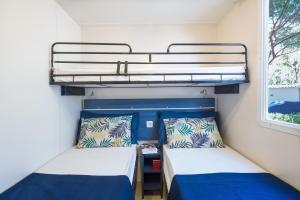 Superior Wohnmobil mit 2 Schlafzimmern (4 Erwachsene)