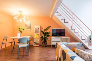 obrázek - 新城市广场红色珊瑚主题复式两人居公寓