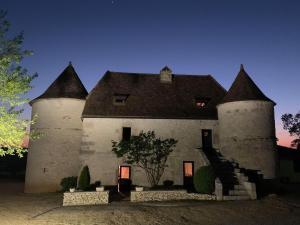 Location gîte, chambres d'hotes Hôtel Les Vieilles Tours Rocamadour dans le département Lot 46
