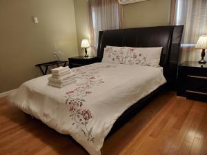 . Spacious 4B Harvard Apartment