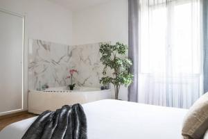 Luxury Suite with Jacuzzi in Trastevere - abcRoma.com
