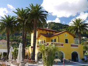 Villa Eva Beach - AbcAlberghi.com