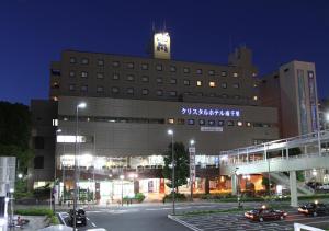 Minamisenri Crystal Hotel