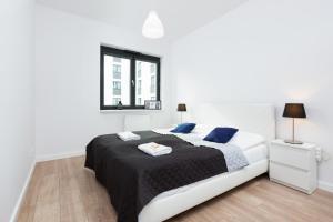 Family Apartments Jana Kazimierza by Renters